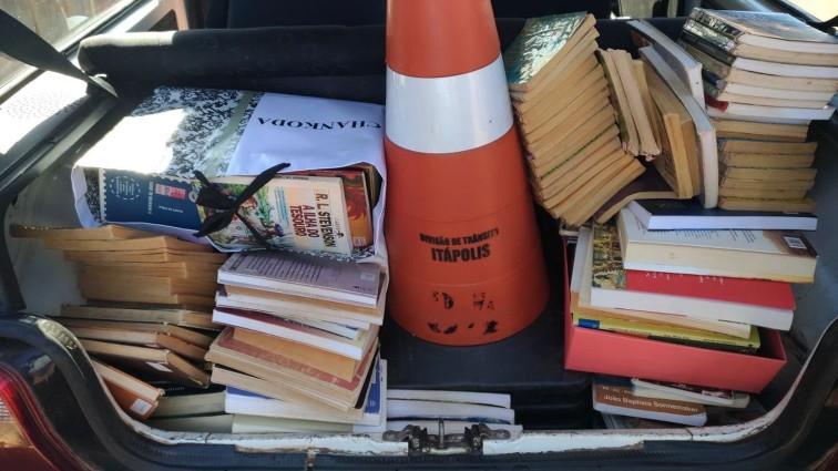 livros roubados